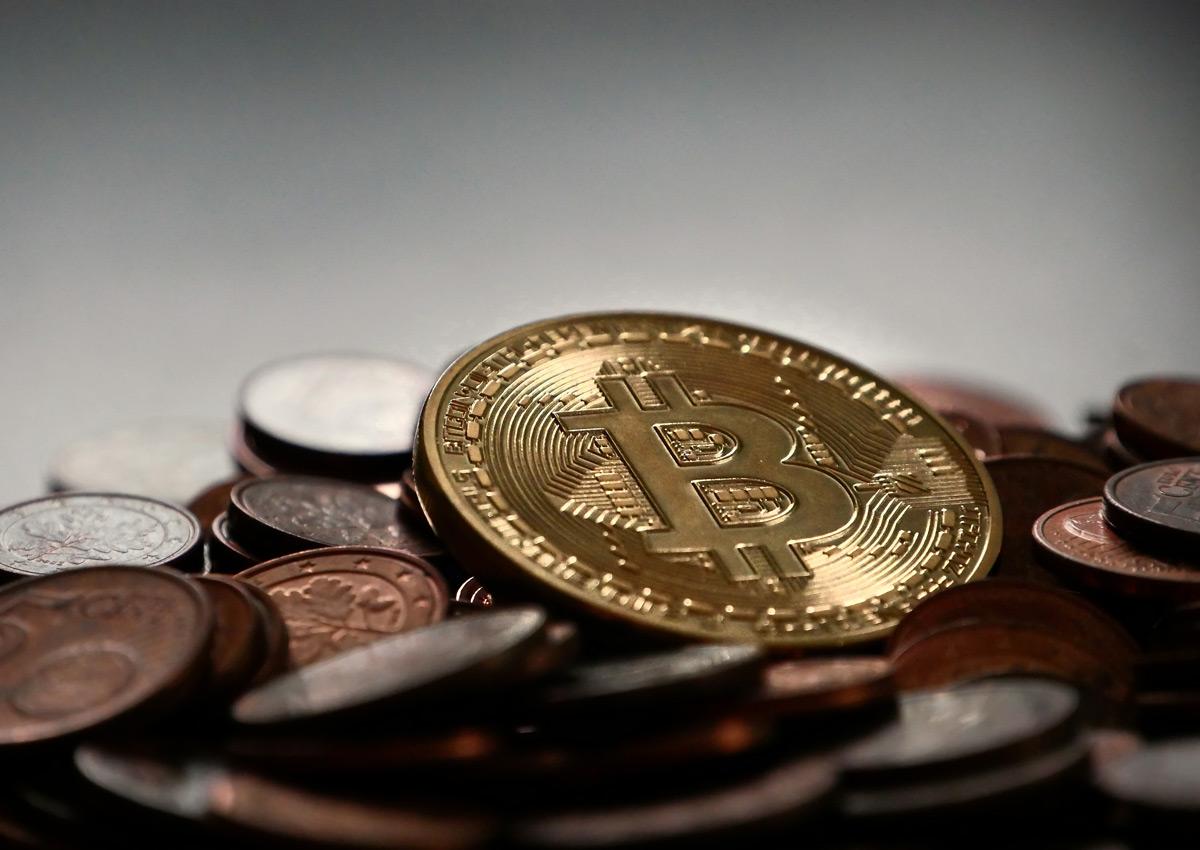 4 Būdai Uždirbti Pinigus Su Bitcoin, kaip įvertinti bitcoin investuoti