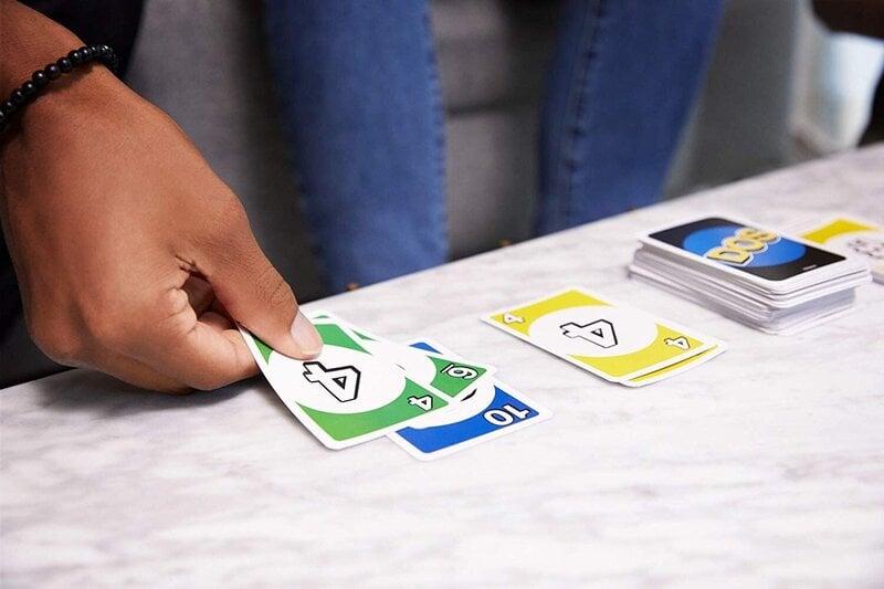 vs sistemos prekybos kortų žaidimas)