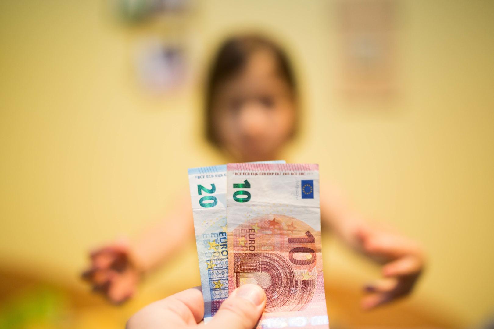 Pinigus iš internete