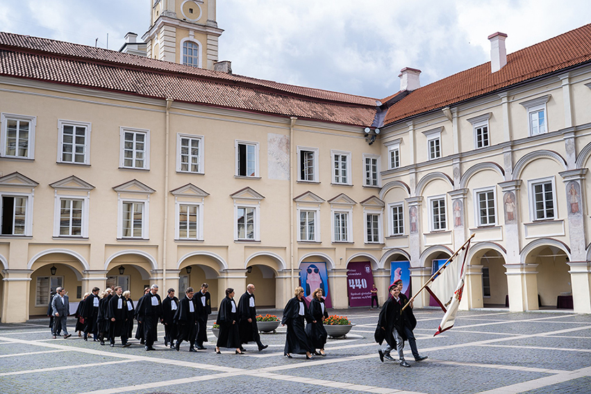 Darbo skelbimai - įmonės siūlo darbą Lietuvoje ir užsienyje | archviz.lt